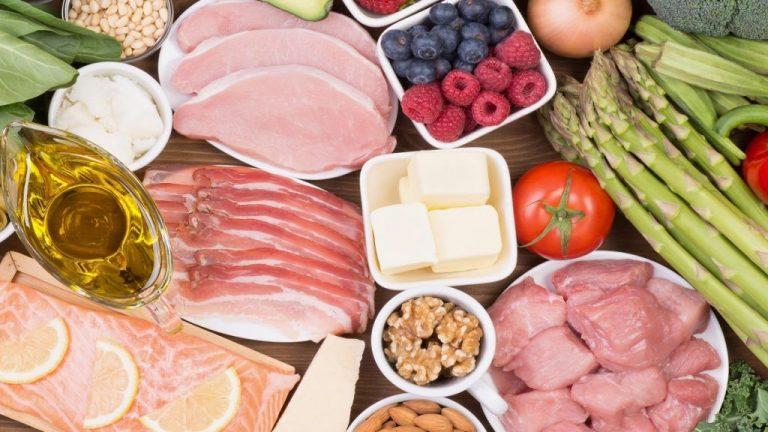 Alimentos repletos de sal que desconoces y deberían estar 'prohibidos'
