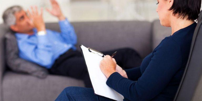 Por qué tener una terapia virtual con el psicólogo te ayuda el doble que si es presencial