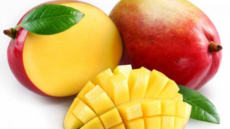 Cómo pelar un mango fácilmente con varias herramientas