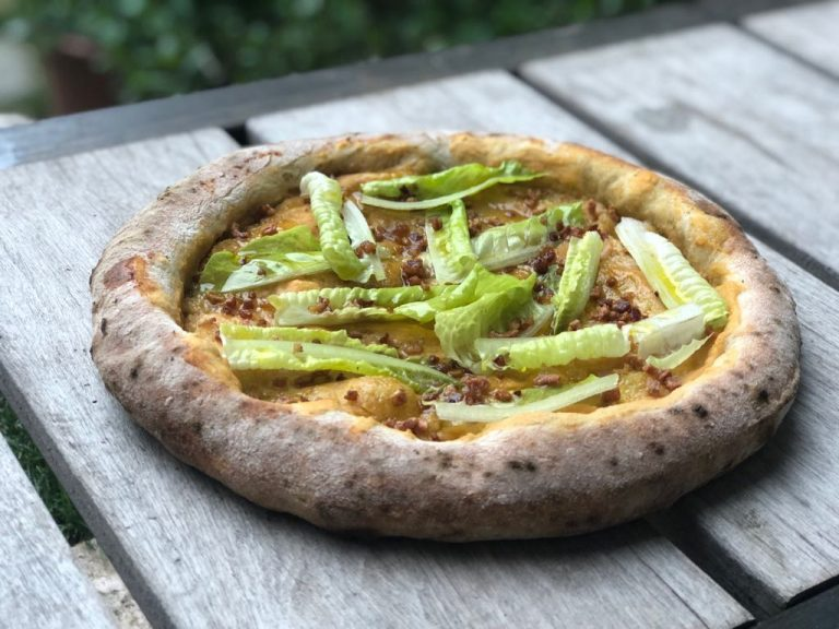 Cómo hacer una masa de pizza sana que puedas comerte estando a dieta