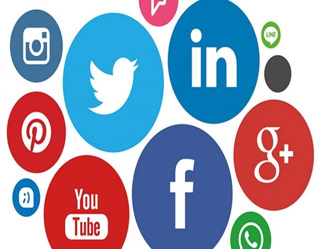 Facebook Instagram Tinder redes sociales