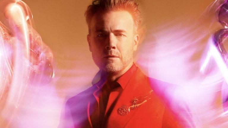 "Gary Barlow presenta ""Music played by humans"""