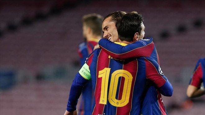 Cercanos a Griezmann critican a un Messi cada vez más señalado