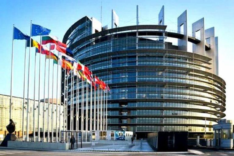 Dolors Montserrat pide poner al paciente en el centro de la estrategia farmacéutica de la Unión Europea