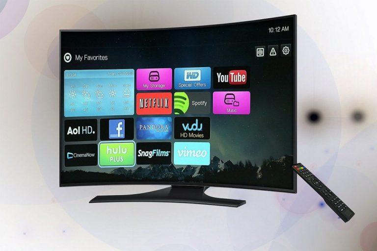 Accesorios imprescindibles para tu Smart TV