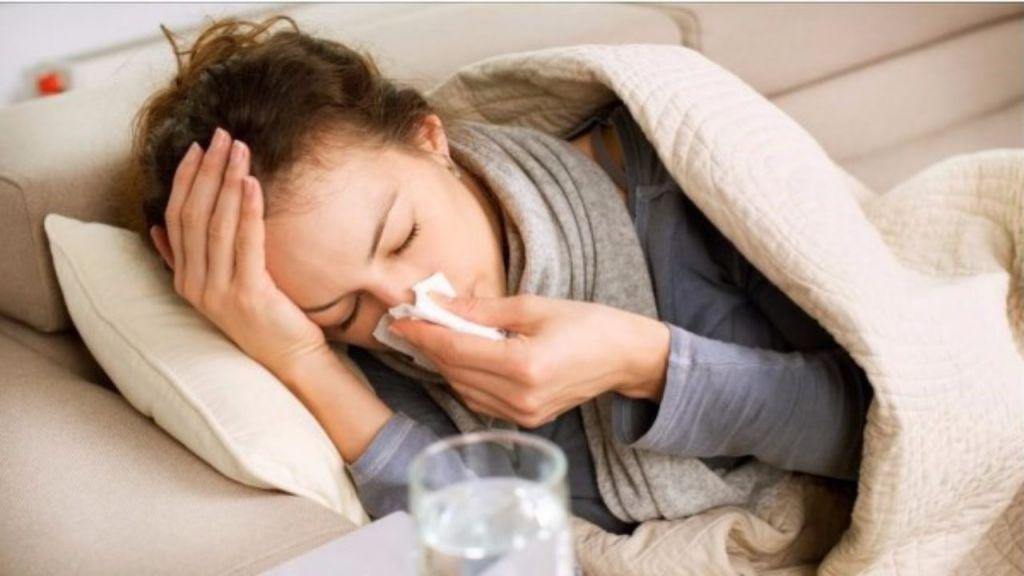 Una lucha que se acrecienta: Implicaciones de la gripe y el Covid-19