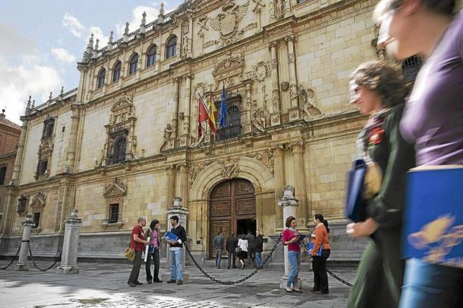 Origen e historia del Premio Miguel de Cervantes