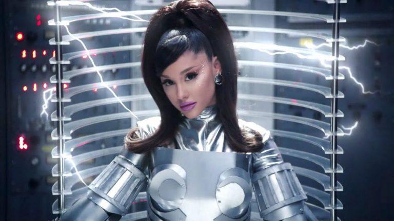Ariana Grande : 34+35 , su videoclip