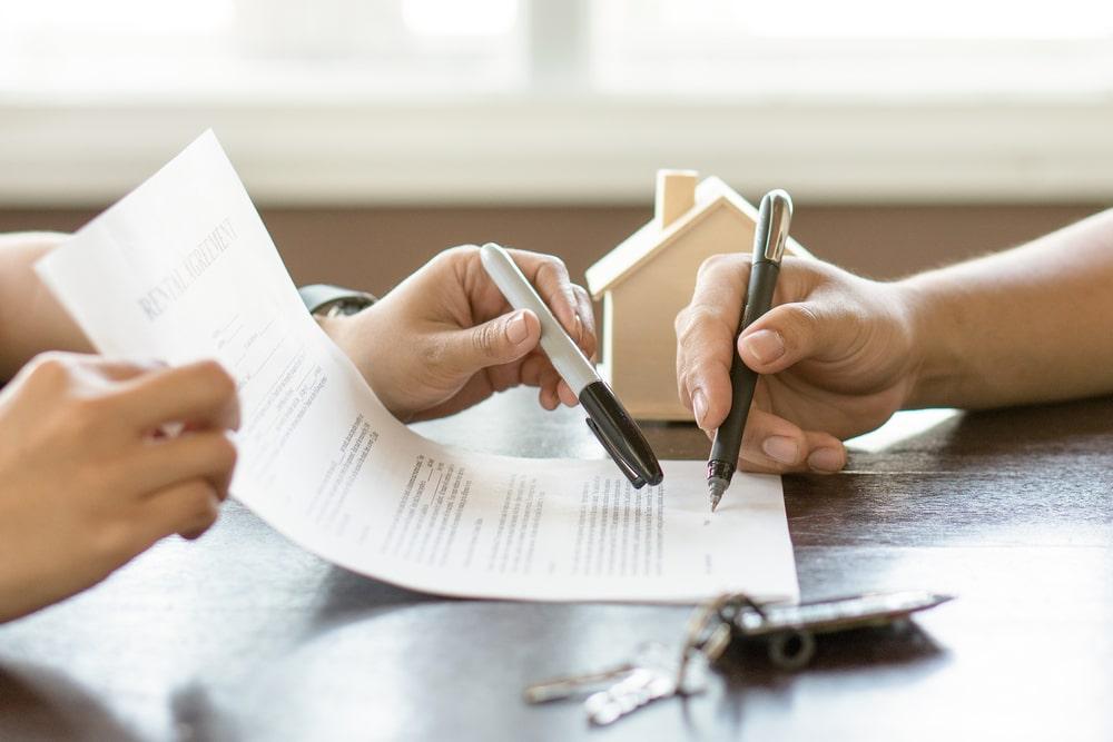 Que es un arrendatario en un contrato de arrendamiento