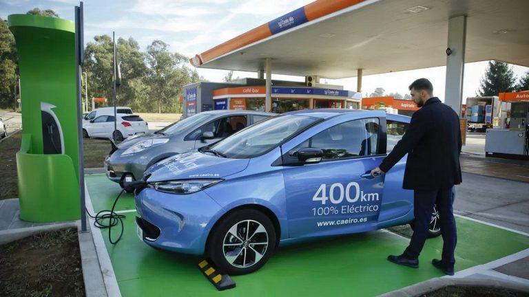 Cómo instalar un punto de carga para un coche eléctrico