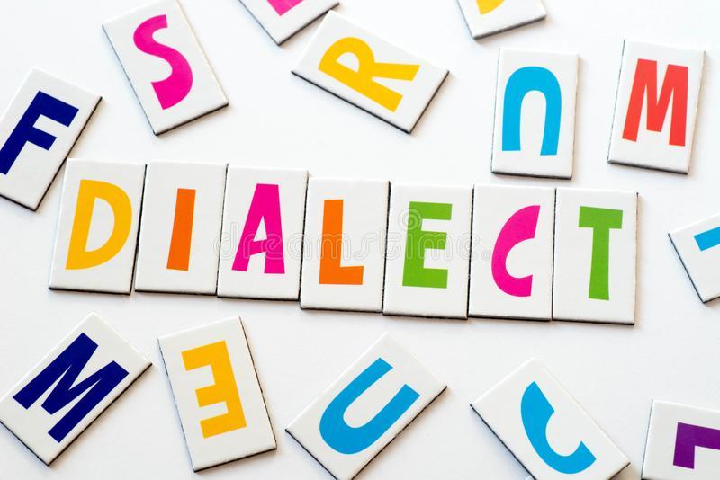 Diferencia entre el dialecto y la lengua