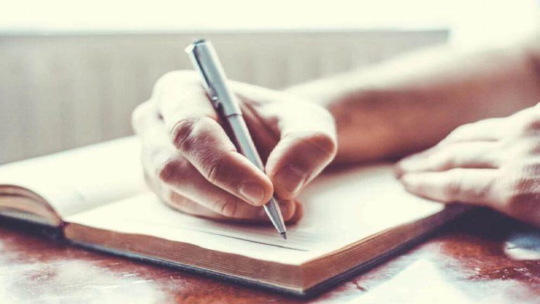 Por qué deberías empezar a escribir a mano de nuevo