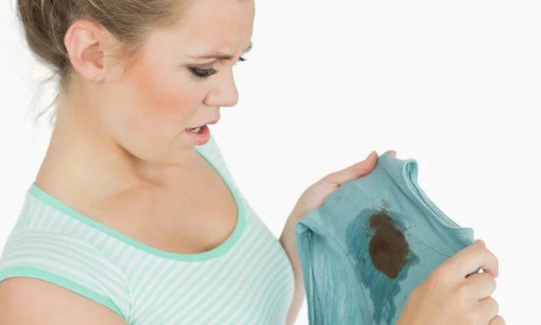 Cómo quitar la grasa de la ropa