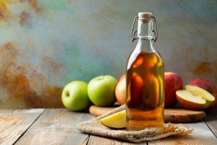Vinagre de manzana y peróxido de hidrógeno para hongos