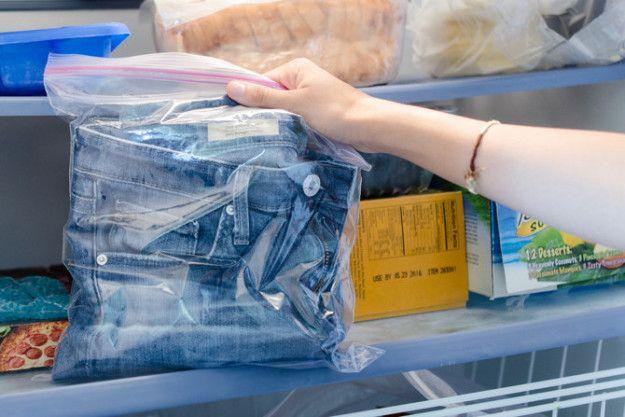 Usa el congelador para humedad