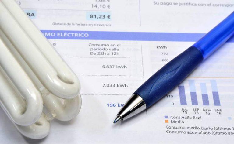 Trucos para calentar tu casa ahorrando en la factura de la luz