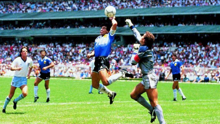Maradona: los grandes momentos que ha dejado la estrella del balón