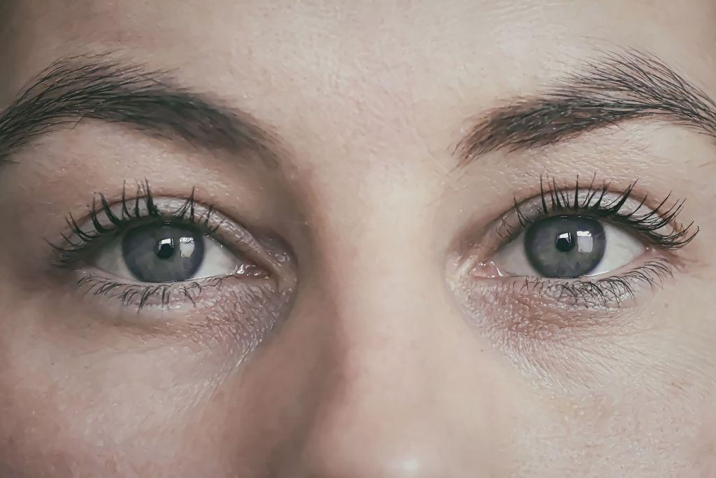 Elimina tus ojeras de madera natural