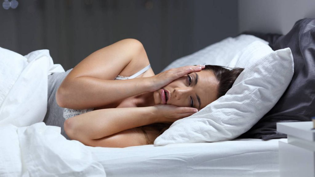 La falta de sueño produce ojeras