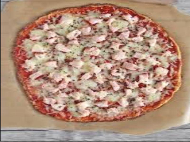 Pizza de coliflor en microondas