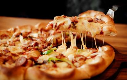 Así puedes hacer una pizza en el microondas mucho más sana