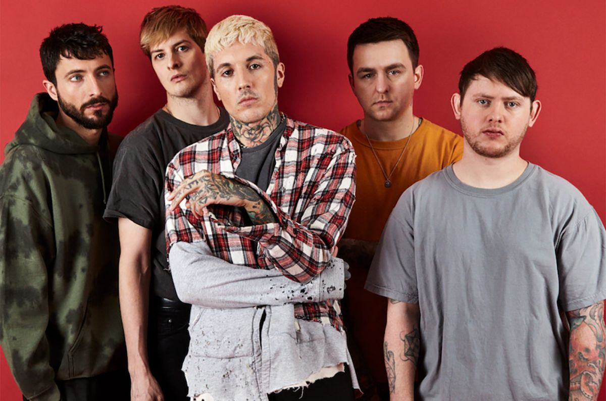 survival horror «de Bring Me The Horizon