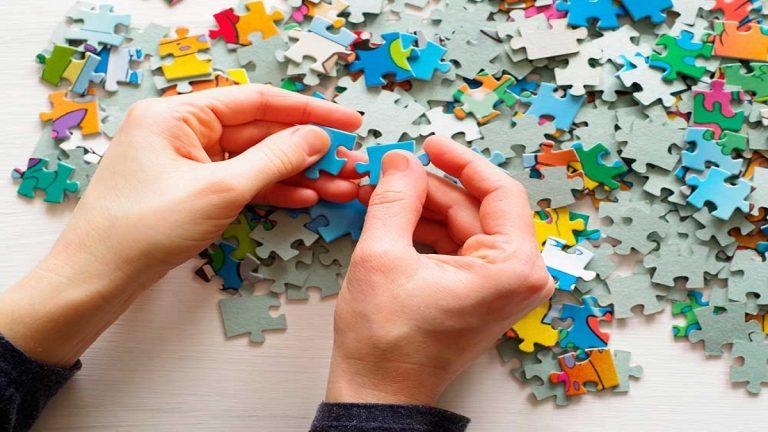 Por qué hacer puzles te puede ayudar a no perder la cabeza