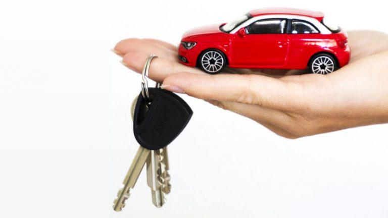 Cada vez más particulares se suman al renting de coches por sus ventajas