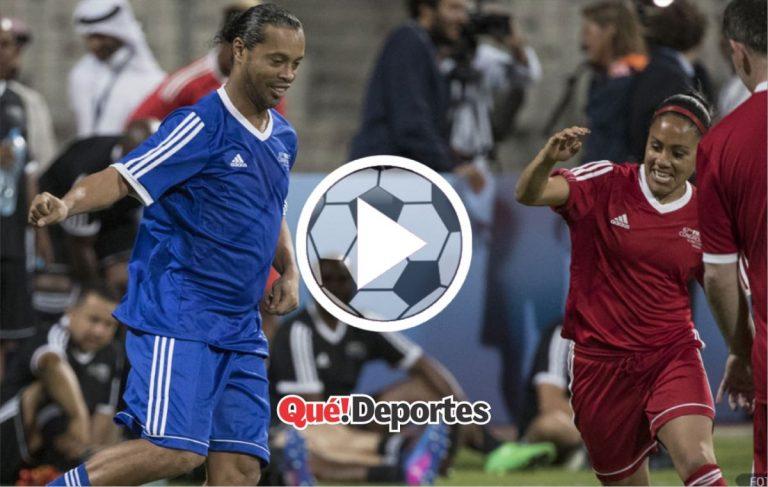 Pocas veces visto: Ronaldinho humillado