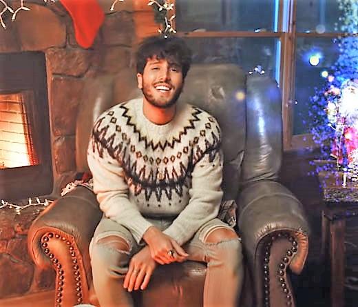 Sebastián Yatra nos trae 'Santa Claus Is Comin' To Town', su single navideño