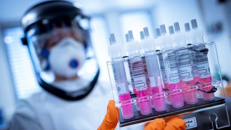 Vacunas para el Covid-19: Moderna, Pfizer, AstraZeneca… las 'salvaciones' que llegan