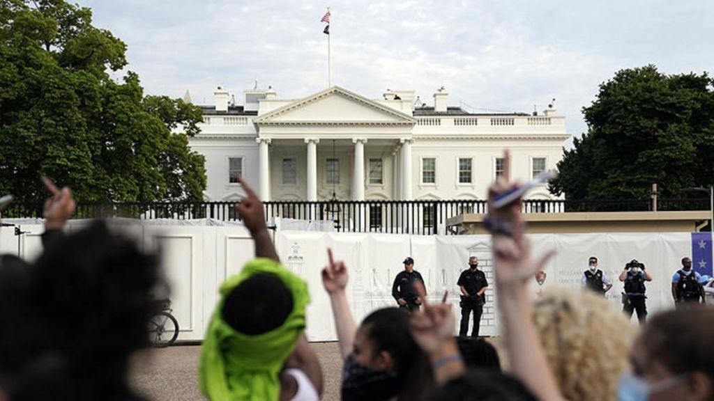 Vallas alrededor de la Casa Blanca