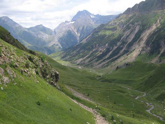 Características del  valle angosto