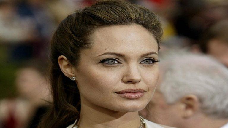 Angelina Jolie: películas en las que ha estado detrás de las cámaras