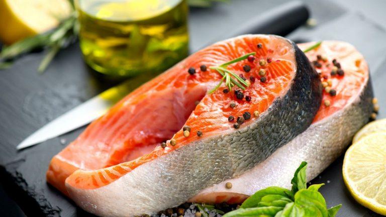 Así es la dieta del pescado que te promete perder muchos kilos en una semana
