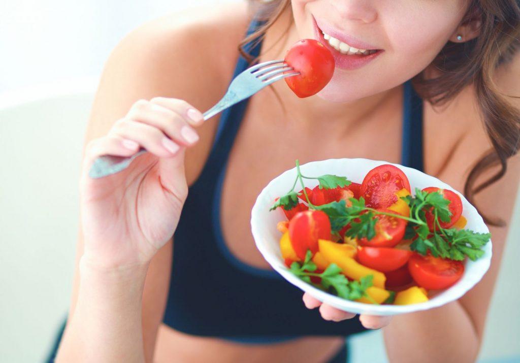 Dieta sana para combatir envejecimiento del pelo
