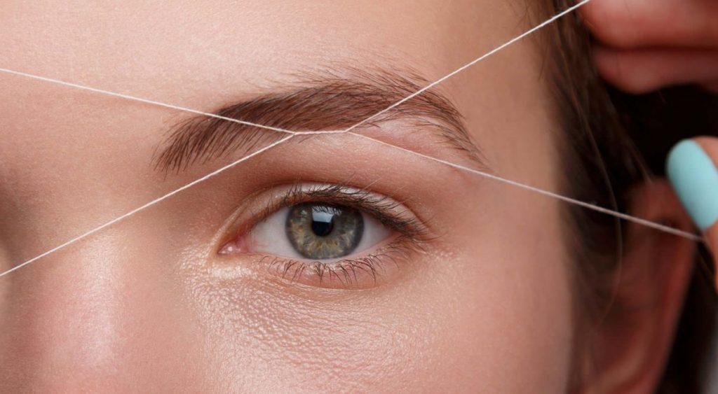 Beneficios y riesgos a considerar de la depilación con hilo