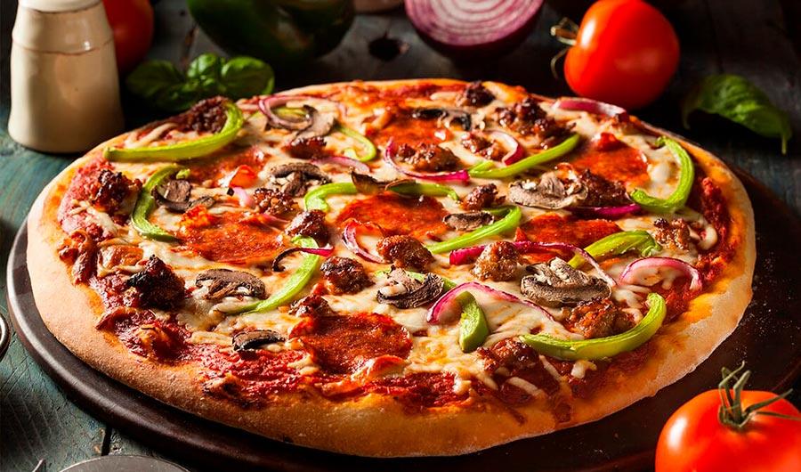 Pizza con chorizo y patata