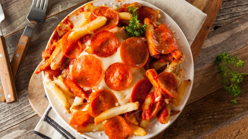 Cómo hacer una original pizza de patatas con chorizo