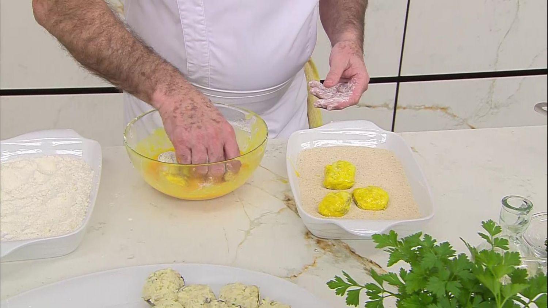 Cómo hacer unas almejas rellenas de ensalada paso a paso