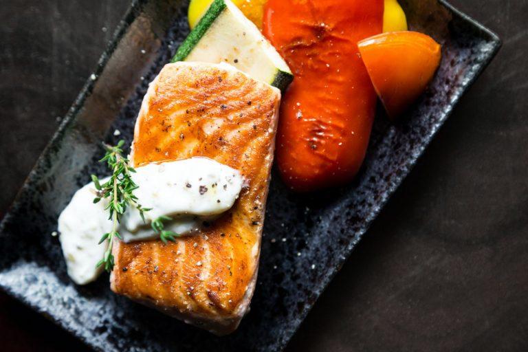 El truco para que el salmón no se reduzca a la mitad en la sartén
