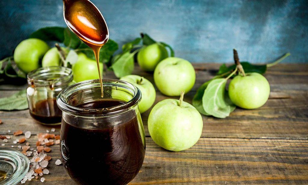 Jarabe de manzana-fruta