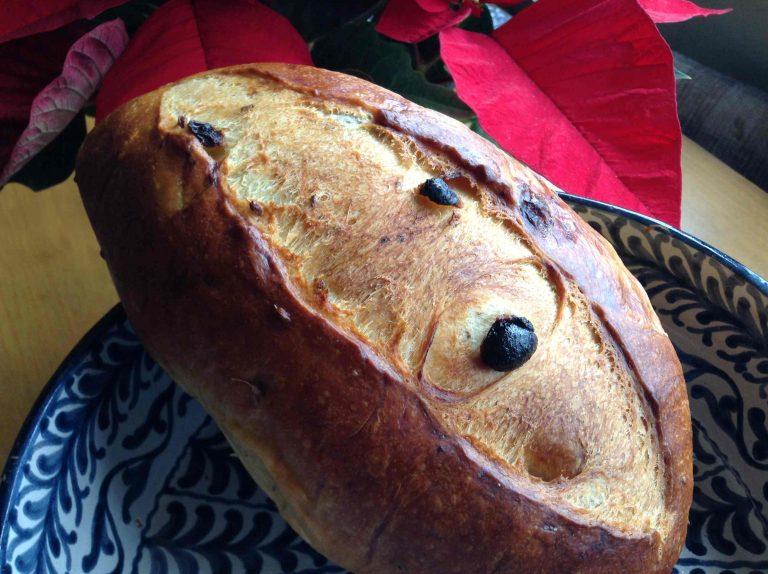 Los pasos para hacer un Nochebueno, el pan dulce de aceite