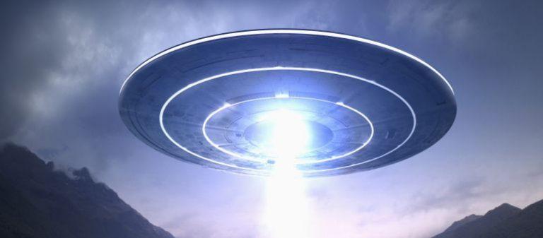 10 cosas que los gobiernos ocultaron sobre los OVNI