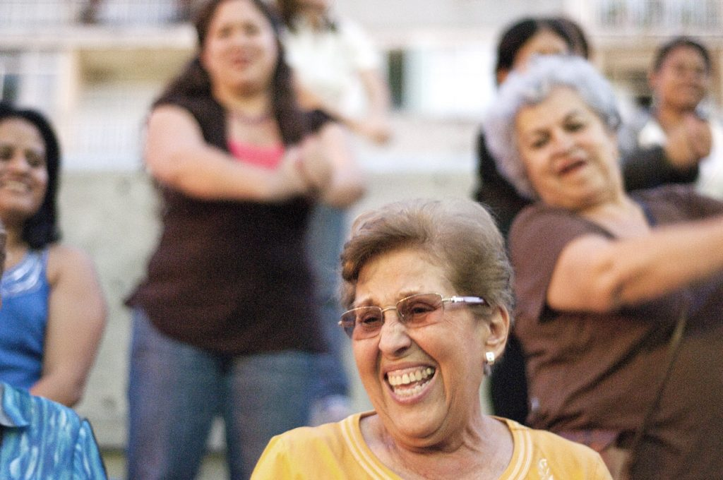 Beneficios físicos de la risa
