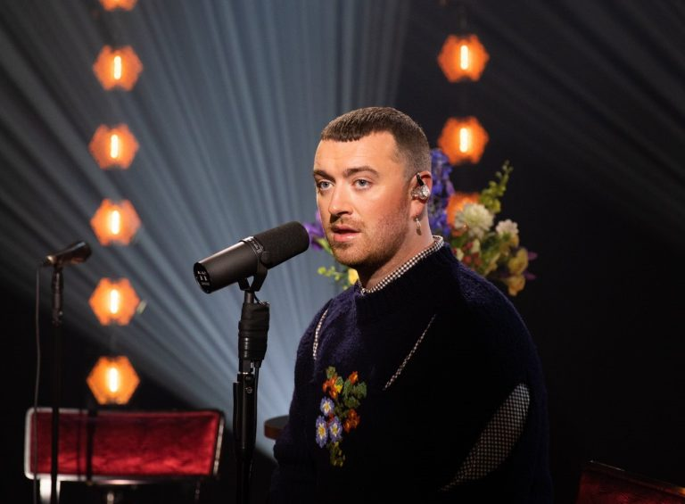 Sam Smith y 'The Lighthouse Keeper', su canción navideña