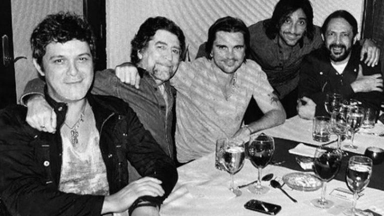 Lester, Alejandro Sanz y otros famosos que subieron fotos comprometidas por error