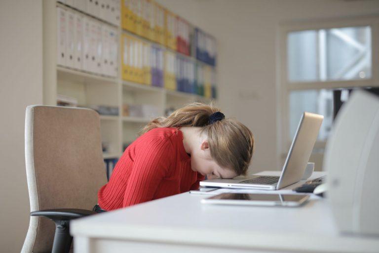 Estas son las vitaminas que fulminan el cansancio