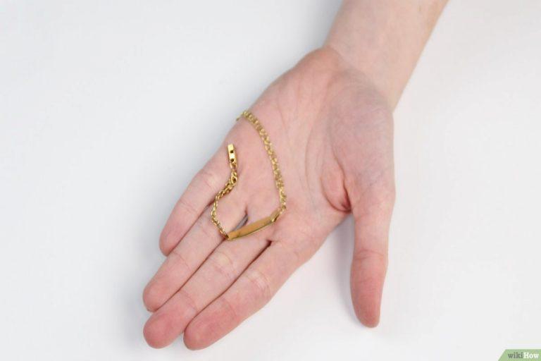Cómo limpiar una cadena de oro con remedios caseros