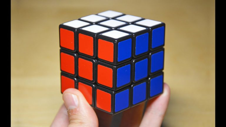 Trucos para hacer el cubo de Rubik sin morir en el intento